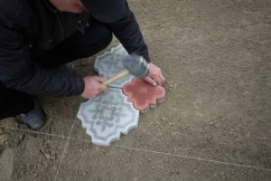Тротуарная плитка своими руками: мастер-класс с пошаговыми фотографиями