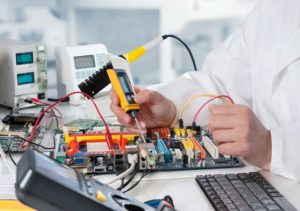 Бизнес с минимальными вложениями - ремонт компьютеров